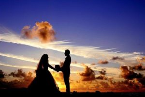 Anniversary Date Ideas - Arrange the date at the same place where you propose her or him
